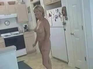 Mom naked at kichen Kitchen - New Matures