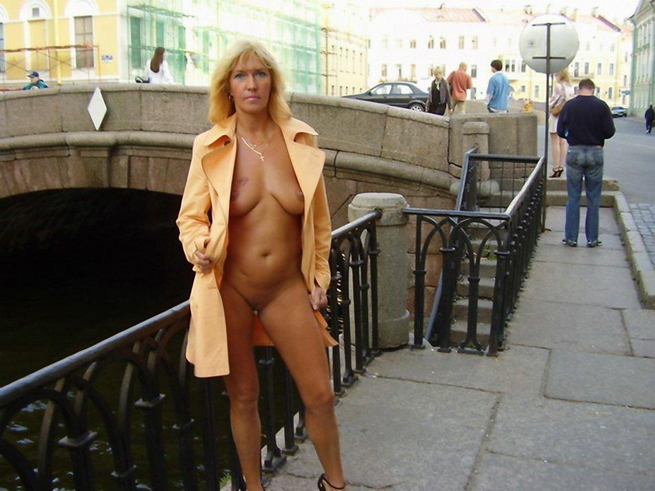 Amateur Wife Public Gangbang