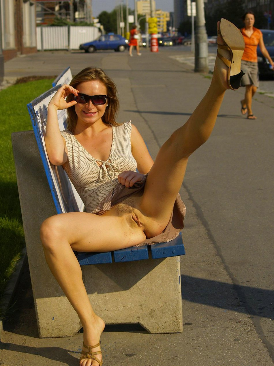 Milf flashing pussy in public porn images HQ
